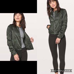 Lululemon Bomber Style Jacket Sz 4 Olive Green